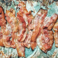 tip: how to cook lots of bacon
